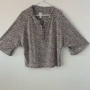 Chico's size 2 (large) animal print cropped top